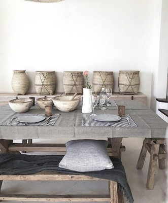 Soft relaxed dining setting