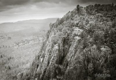 Robertson Cliffs