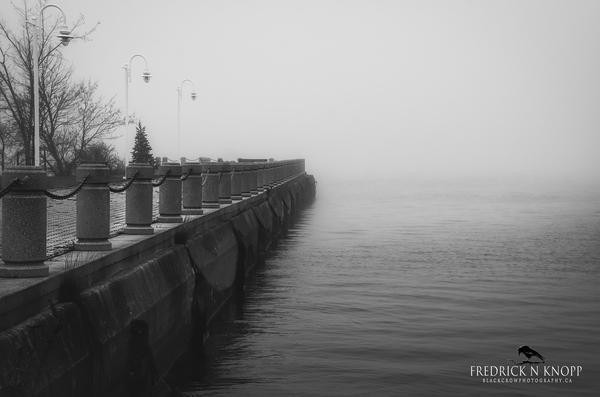 Pier b/w